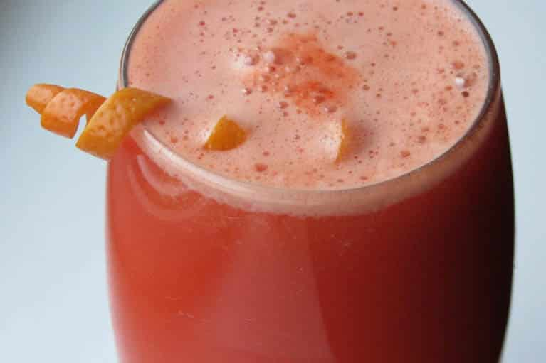 Slow Juicer Cocktails : Wakey Wakey Slowjuicer recept vivajuice.nl