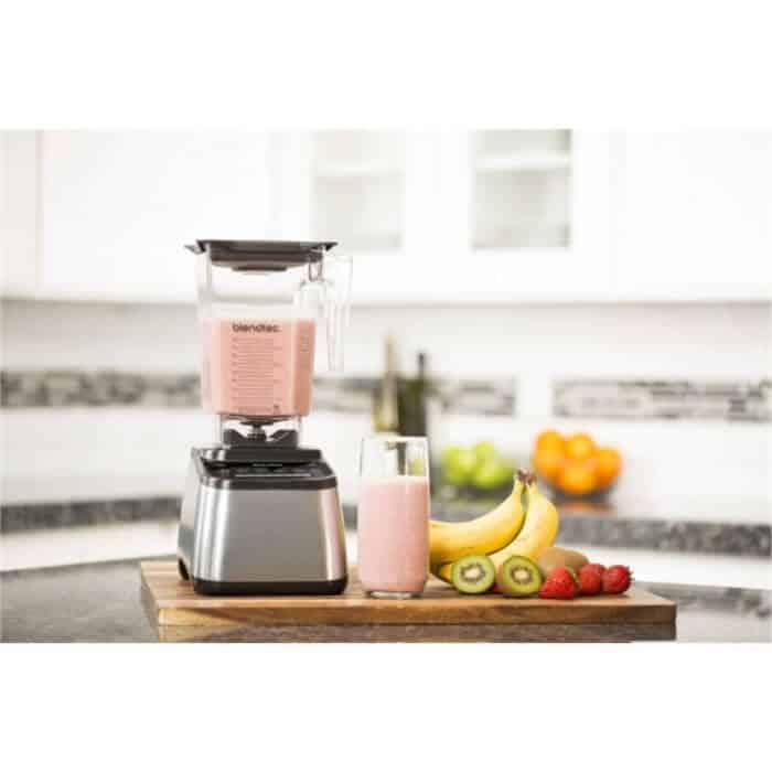blendtec vs vitamix blender review. Black Bedroom Furniture Sets. Home Design Ideas